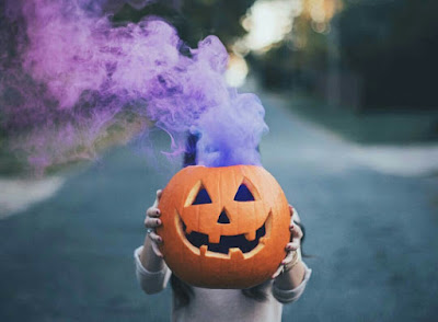 Halloween Smoke and Fog Machines from ATL Special FX lets you create your own Spooky Halloween Fog Special Effects