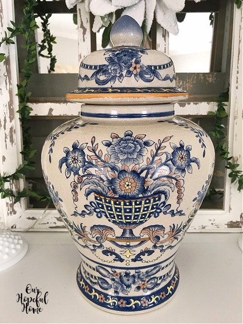 chinoiserie ginger jar on mantel