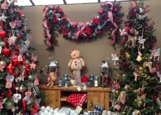 Christmas Fun In A Garden Centre Married To A Geek