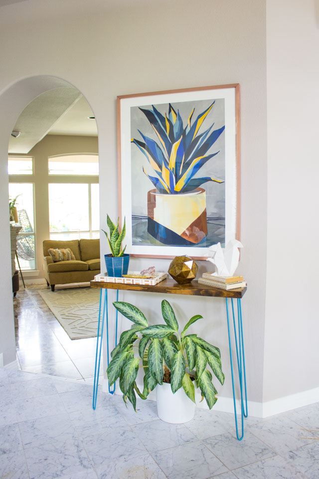 Foyer decor makeover with Minted art #minted #mintedart #foyerideas