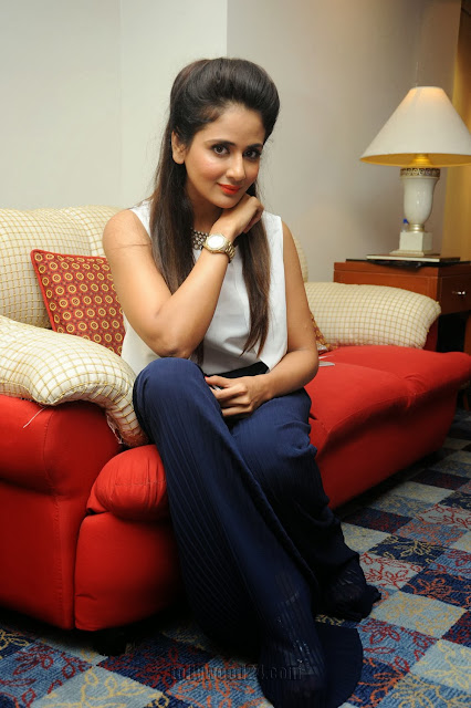 Parul Yadav  #DHRISHYAM2 PHOTO GALLERY   : IMAGES, GIF, ANIMATED GIF, WALLPAPER, STICKER FOR WHATSAPP & FACEBOOK #EDUCRATSWEB