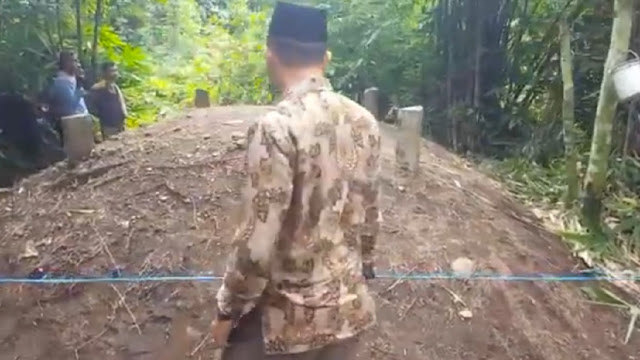 Bikin Merinding, Tanah Kuburan Tak Dikenal di Padang Pariaman Mendadak Meninggi 1,5 meter