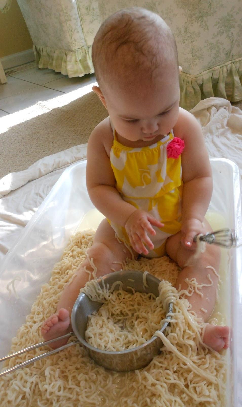 Exploring Montessori Sensory Play with Babies - Natural ...