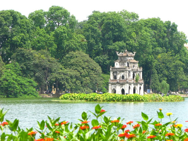 Top 8 Nice Places to Visit in Vietnam ha noi