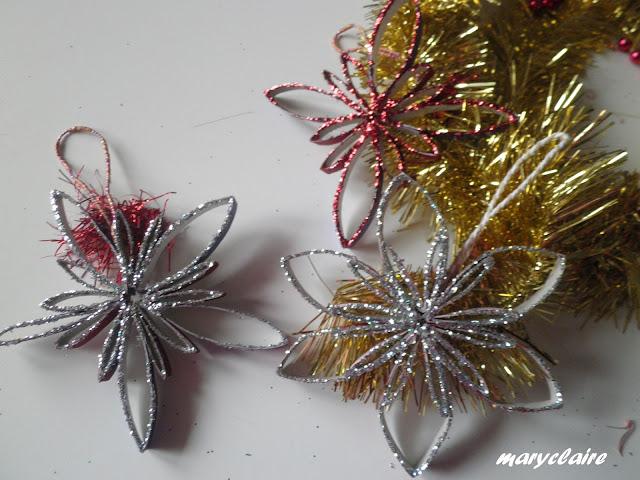 decorazioni fatte con rotoli di carta