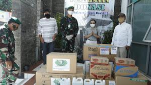 Gandeng Yayasan Budhis Tzuchi, Dandim 0607 Sukabumi Salurkan Bantuan APD Ke RSUD R.Syamsudin