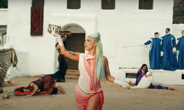 Video: Lady Gaga - 911