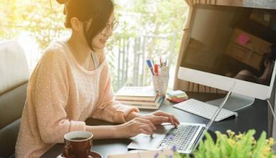 8 Ide Bisnis Mudah Yang Dapat Dilakukan Mahasiswa / Anak Kuliah | Roliyan.com