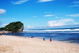 5 Wisata Pantai Jogja Yang Keren
