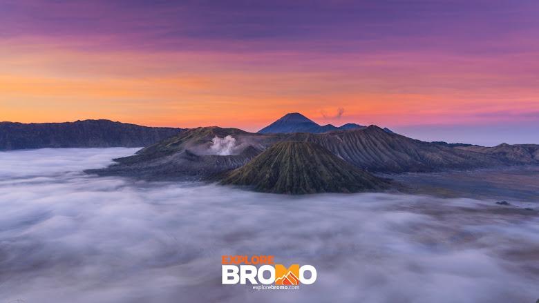 pemandangan pagi di gunung bromo dari puncak seruni pananjakan 2