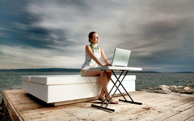 Freelance Career for Females