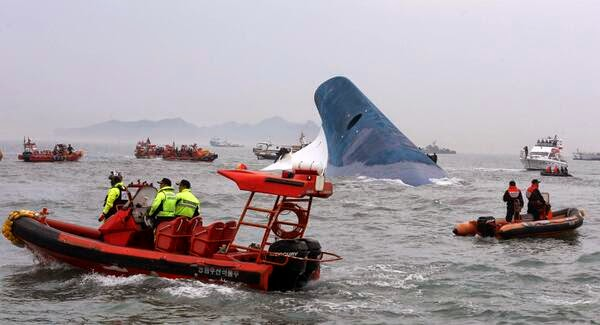 2 dead, 295 still missing after ferry sank in South Korea