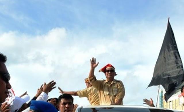 Bendera HTI Berkibar di Panggung Utama Kampanye Prabowo