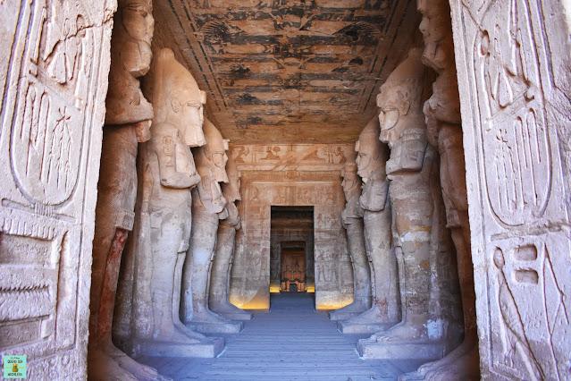 Sala Hipóstila del templo de Ramsés II, Abu Simbel
