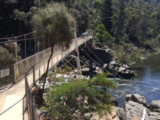 our ho lidays in Tasmania, walking around Cataract Gorge