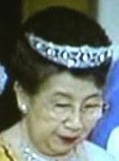 pearl drop tiara japan mikimoto princess chichibu sesuko mikasa yuriko