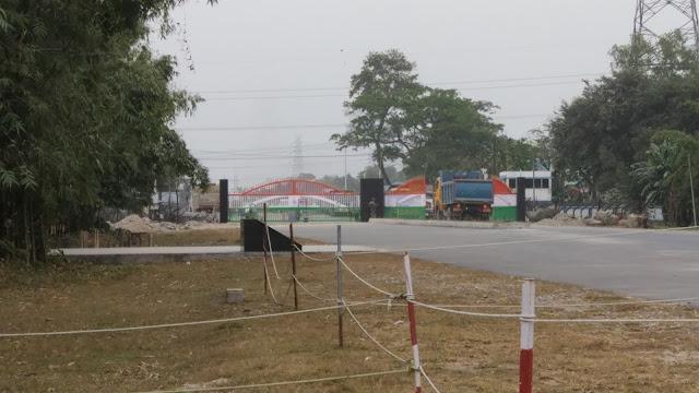 Indian border gate