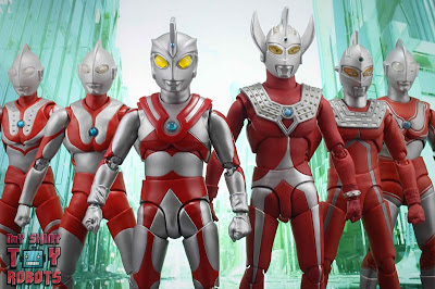 S.H. Figuarts Ultraman Ace 35
