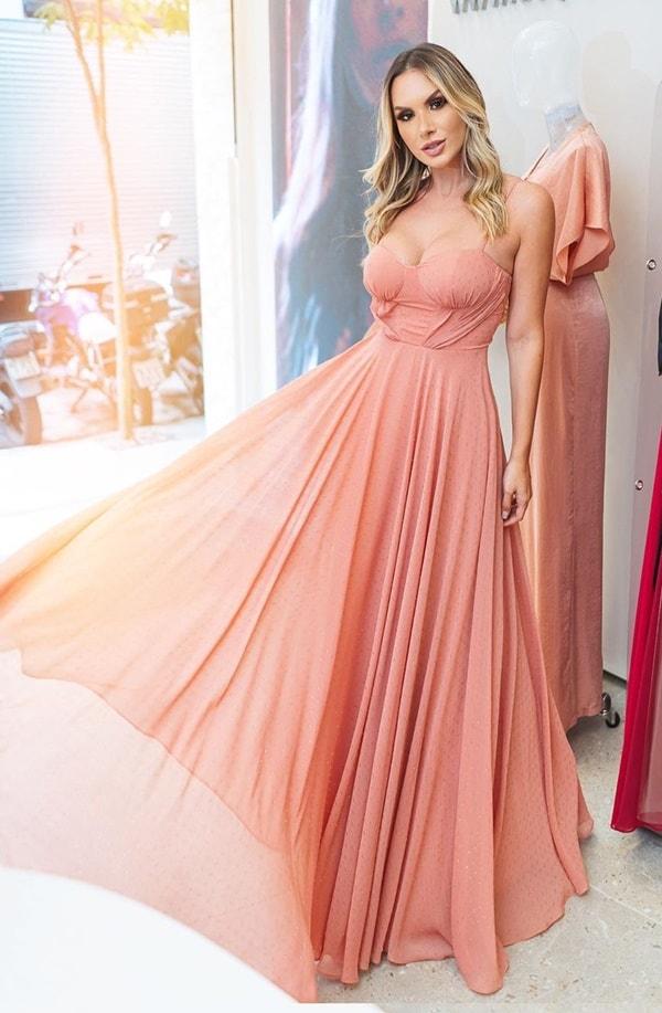 vestido longo rosa queimado em tule de poás