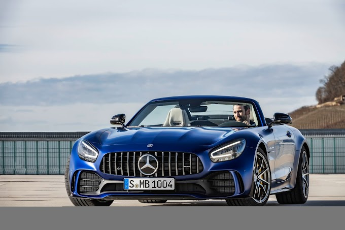 Mercedes-AMG Turning Heads With The New GT R Roadster