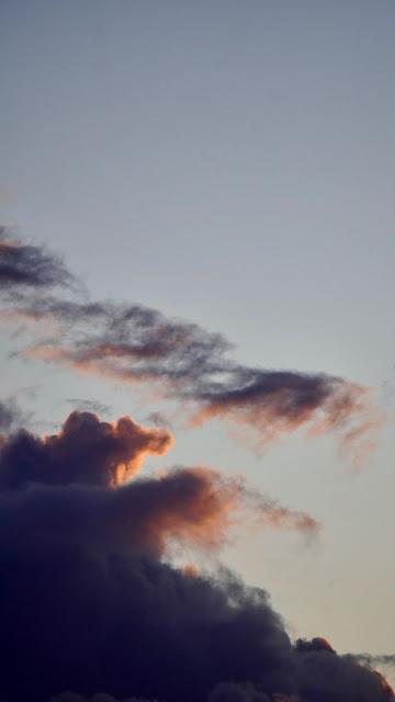 Free Sunset Dark Sky Clouds wallpaper