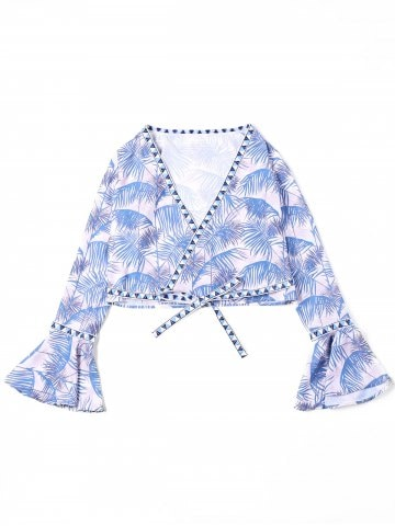 https://www.rosegal.com/blouses/leaf-print-flare-sleeve-cropped-1321852.html?lkid=14886826