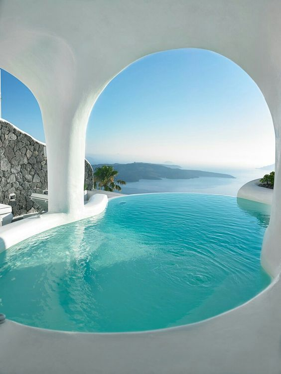 Where to stay in Santorini - Ioanna's Notebook