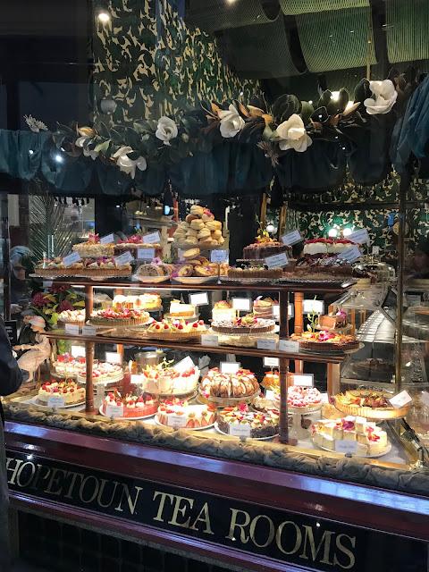 Melbourne, Hopetoun Tea Rooms