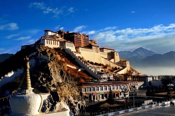 Vé máy bay TPHCM đi Tây Tạng
