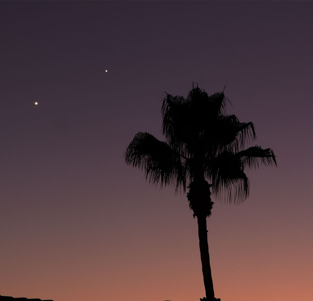 Venus and Jupiter after sunset in DSLR, 125 mm, 3 second image (Source: Palmia Observatory)