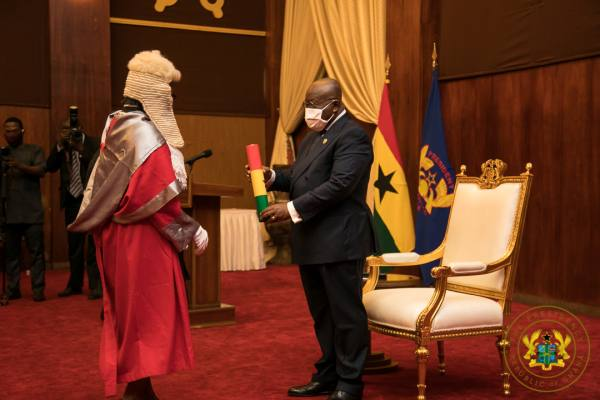 President Akufo-Addo Swears In Six (6) Justices Of The Court Of Appeal