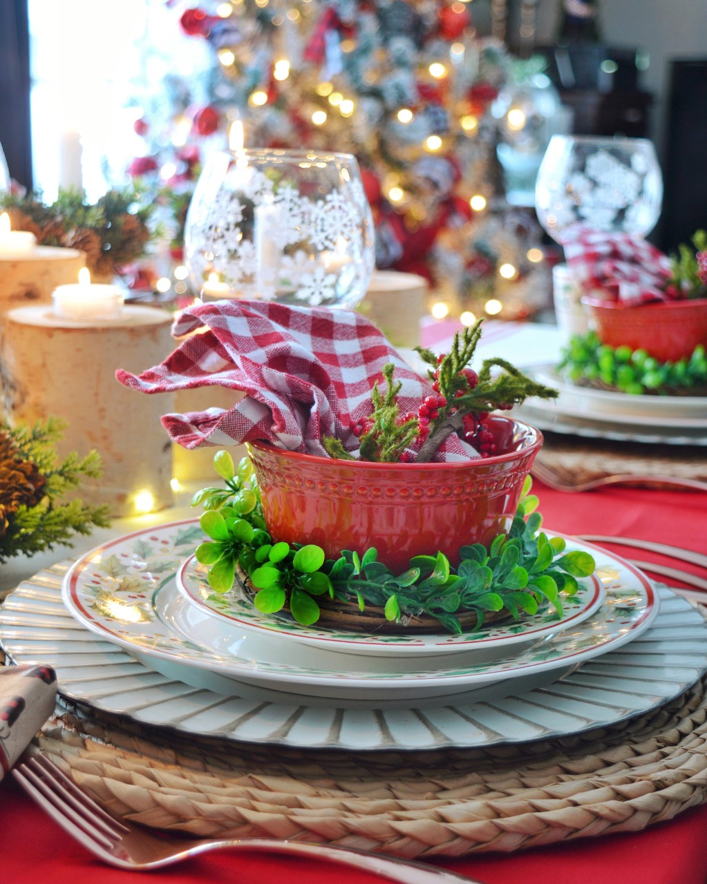 Cozy Country Christmas Tablescape