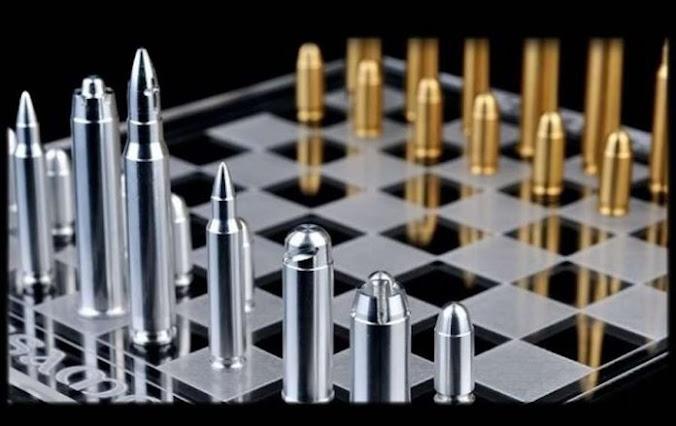Η ταυτότητα της επερχόμενης σύγκρουσης