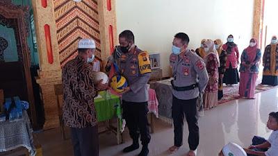 Kunjungan Ke pondok Pesantren Azzakariyah, Kapolres Merangin Tinjau giat Vaksin Santri
