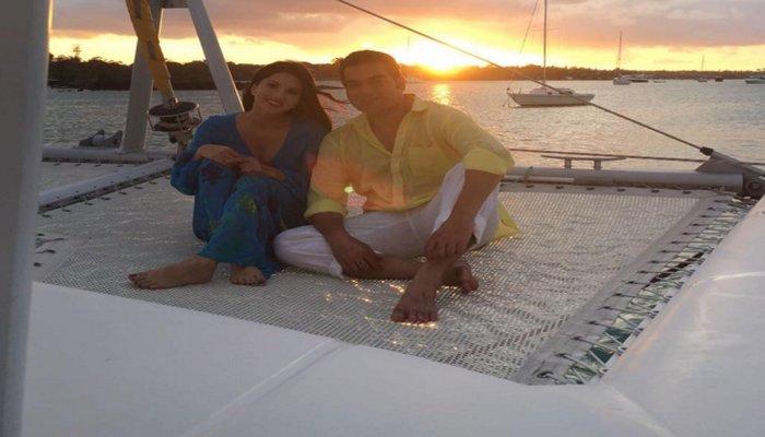 Making of Tera Intezaar Sunny Leone with Arbaaz Khan