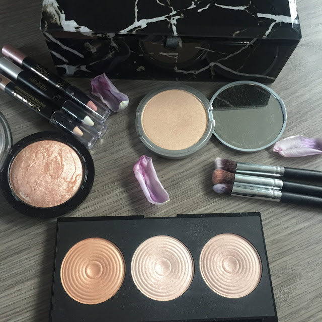 My favourite highlighters flatlay
