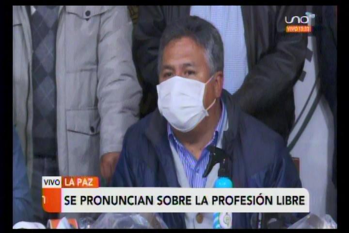 """Luis Larrea llama """"ignorante"""" al diputado Flores, ve bronca y revanchismo del MAS"""