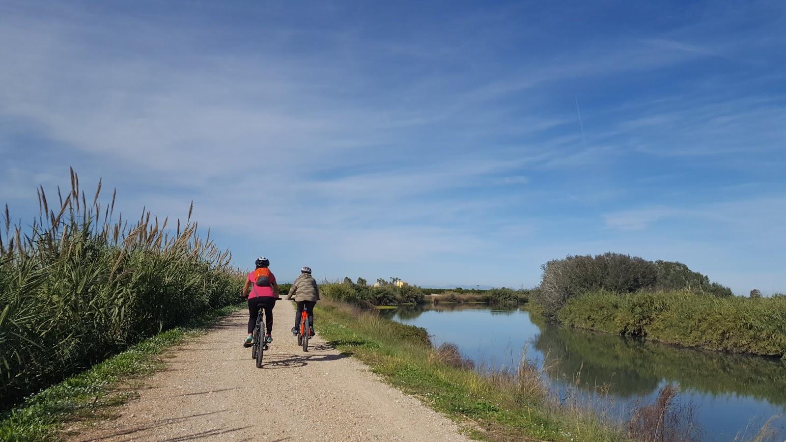 Bike route along the Riu Xúquer, Valencia