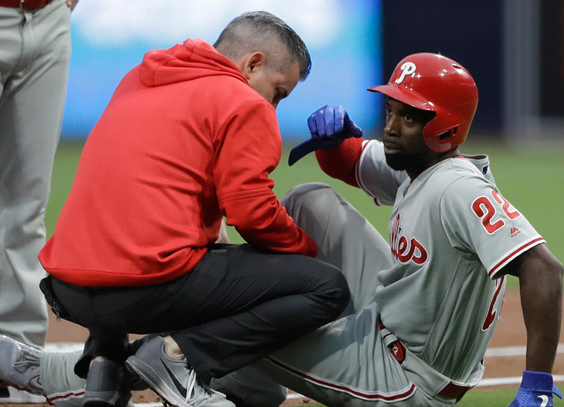 Philadelphia outfielder Andrew McCutchen sprains knee