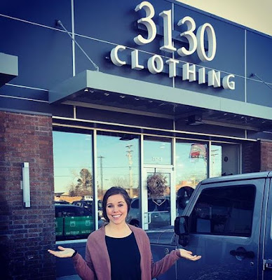 Jessa Seewald visits 3130 Clothing