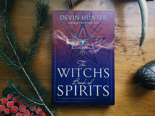 Book Review: The Witch's Book of Spirits by Devin Hunter