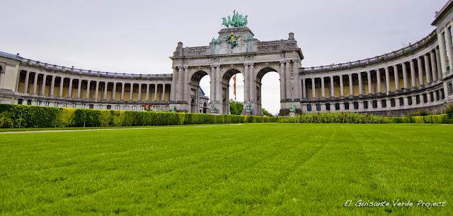 Parque del Cincuentenario de Bruselas por El Guisante Verde Project