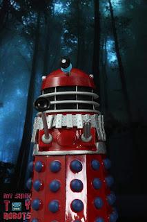 """Brotherhood of the Daleks Red """"Thalek"""" Dalek 02"""