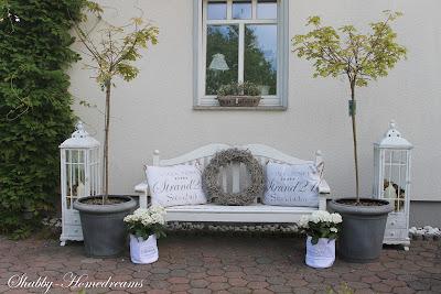 deko vor der haust r deko vor der haust r donauw rth anuva desya deko vor der haust r fr hling. Black Bedroom Furniture Sets. Home Design Ideas