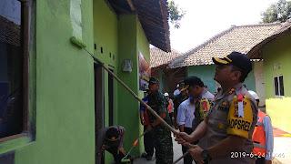 Bakti Sosial Polres Cirebon, Rehab Rumah Warga Gempol