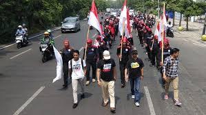 Aksi Long March Buruh Surabaya - Jakarta untuk Mendukung Prabowo Dihentikan Polisi
