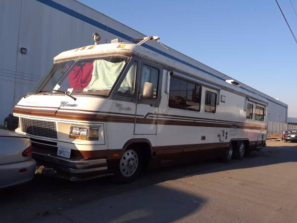 Used RVs 1986 Motorhome Executive For Sale by Owner