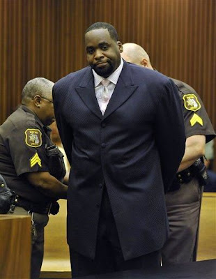 image results for kwame kilpatrick released from prison