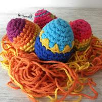 http://gateandocrochet.blogspot.com.es/2016/03/patron-huevos-de-pascua-crochet.html
