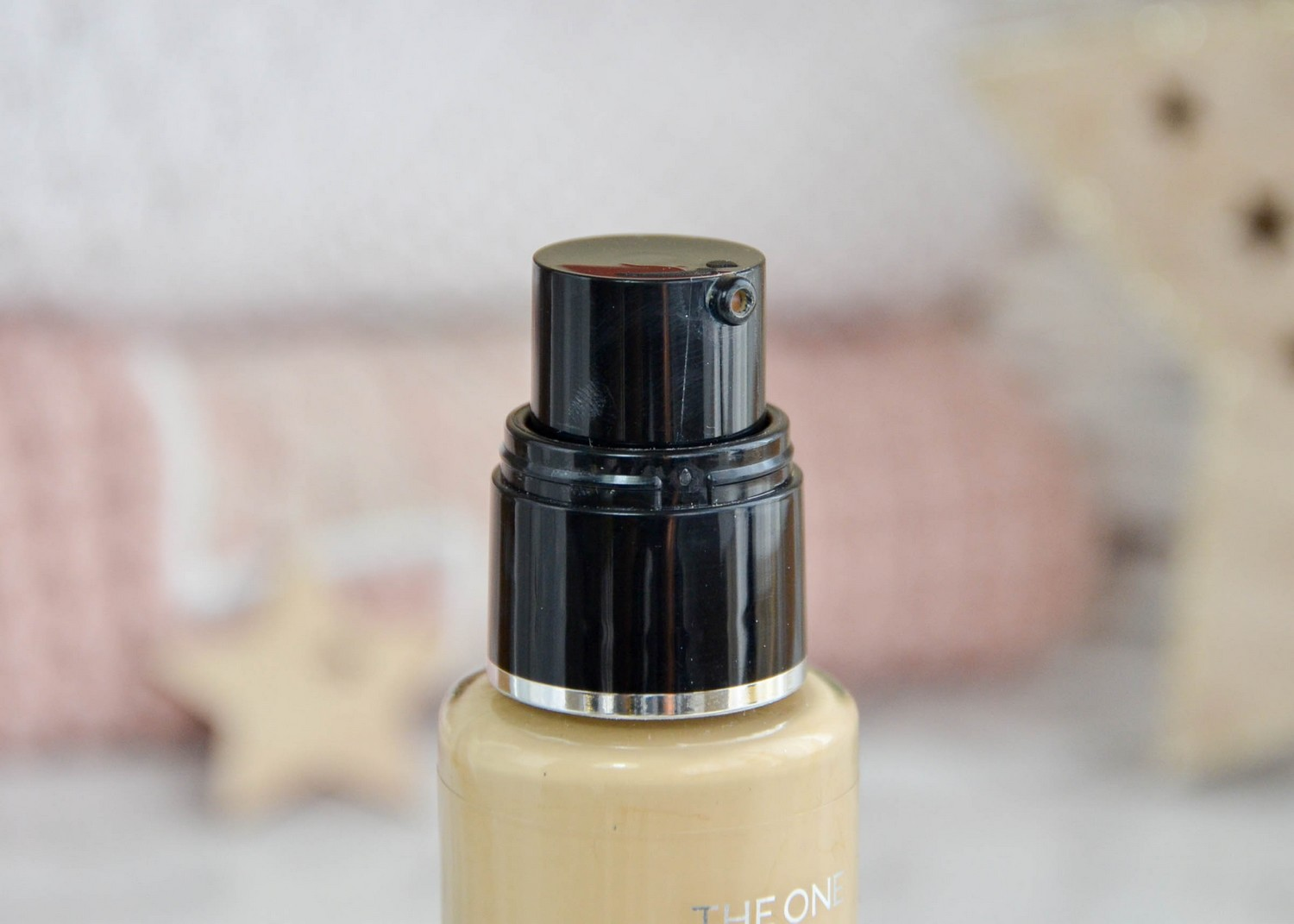Oriflame Illuskin Aquaboost Foundation Natural Beige Neutral